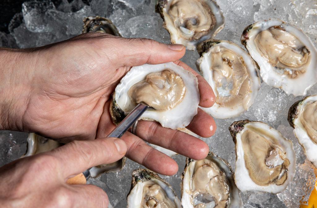 Comment manger des huîtres comme un pro post thumbnail image